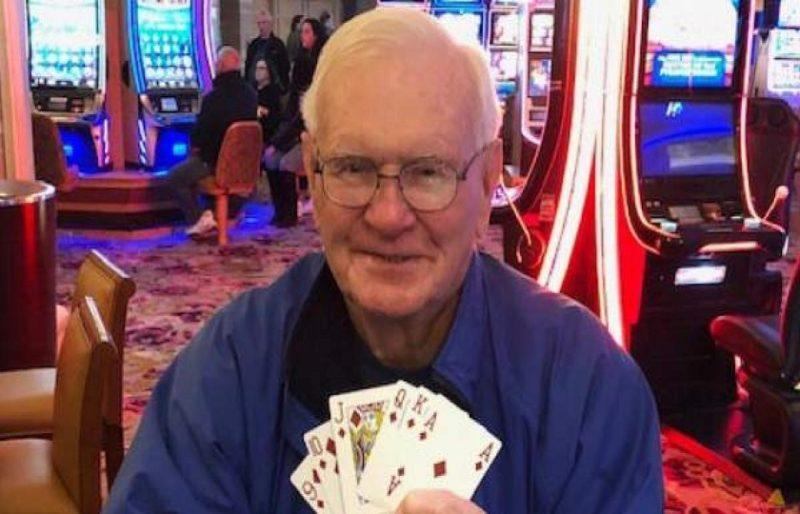 Jugar Three Card Poker gratis